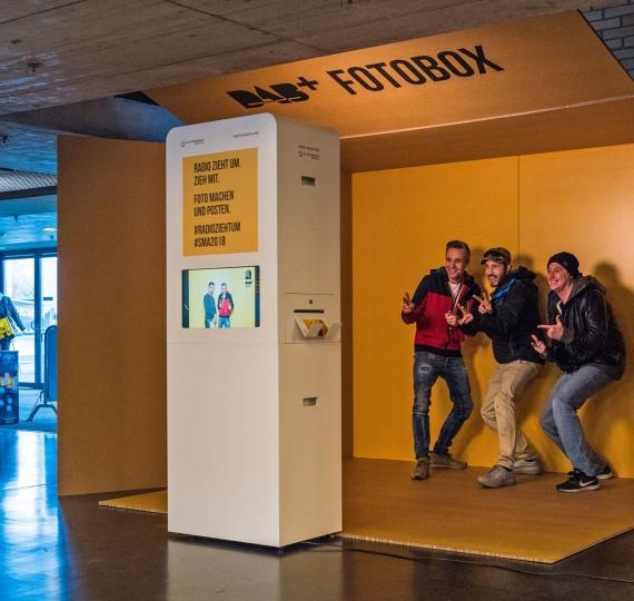 Fotobox für DAB+ an den Swiss Music Awards im Hallenstadion Zürich