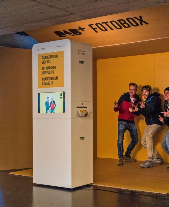 Fotobox für DAB+ an den Swiss Music Awards im Hallenstadion Zürich